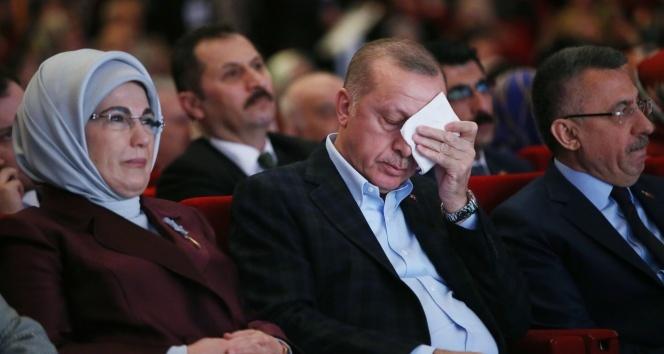 Cumhurbaşkanı Erdoğan gözyaşlarını tutamadı!
