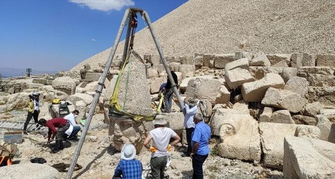 Nemrut Dağı'ndaki 2 bin 60 yıllık heykel kurtarıldı