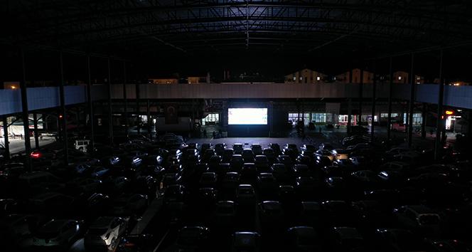 'Arabanı Çek İzle' sinema günlerine büyük ilgi