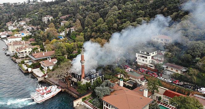İBB: 'Vaniköy camisi yangını elektrik tesisatından çıktı'