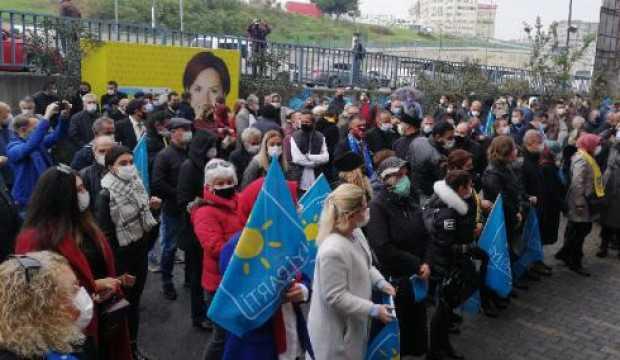 İYİ Parti'de protesto! İstifa çağrısı