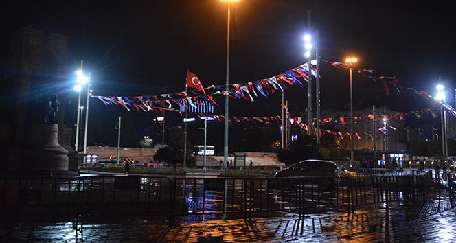Taksim ve İstiklal Caddesi sessizliğe büründü
