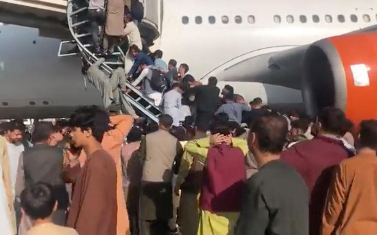 Afganistan'dan şok görüntüler! Havaalanında ateş açıldı ölenler var iddiası
