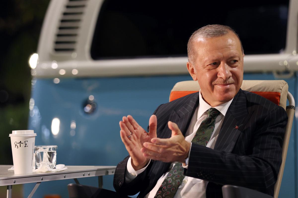 Cumhurbaşkanı Erdoğan, Mersin'de gençlerle bir araya geldi