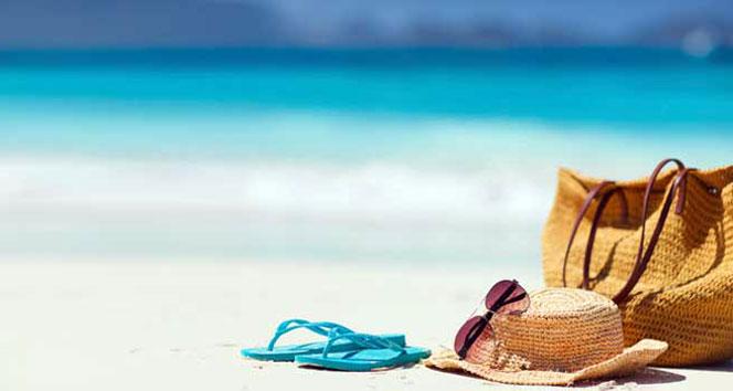 İngiltere'de seyahat kısıtlamaları gevşetildi, tatil rezervasyonları yüzde 200 arttı