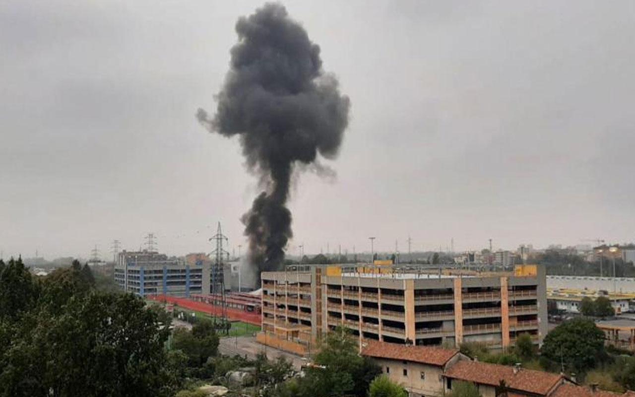 İtalya'da uçak düştü: 8 ölü